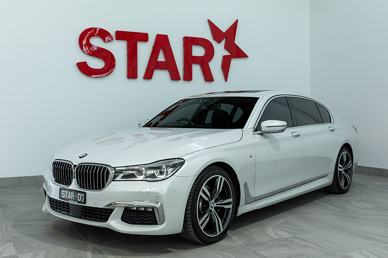 BMW 7 Series G12 (White)